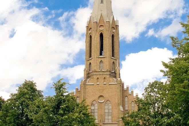 LYGUMAI THE ST. TRINITY CHURCH